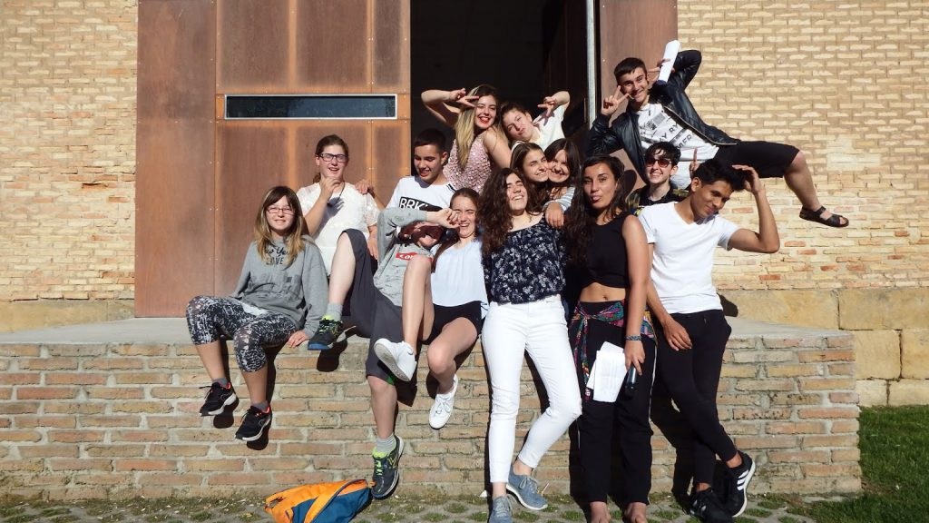 Participantes del curso de teatro joven