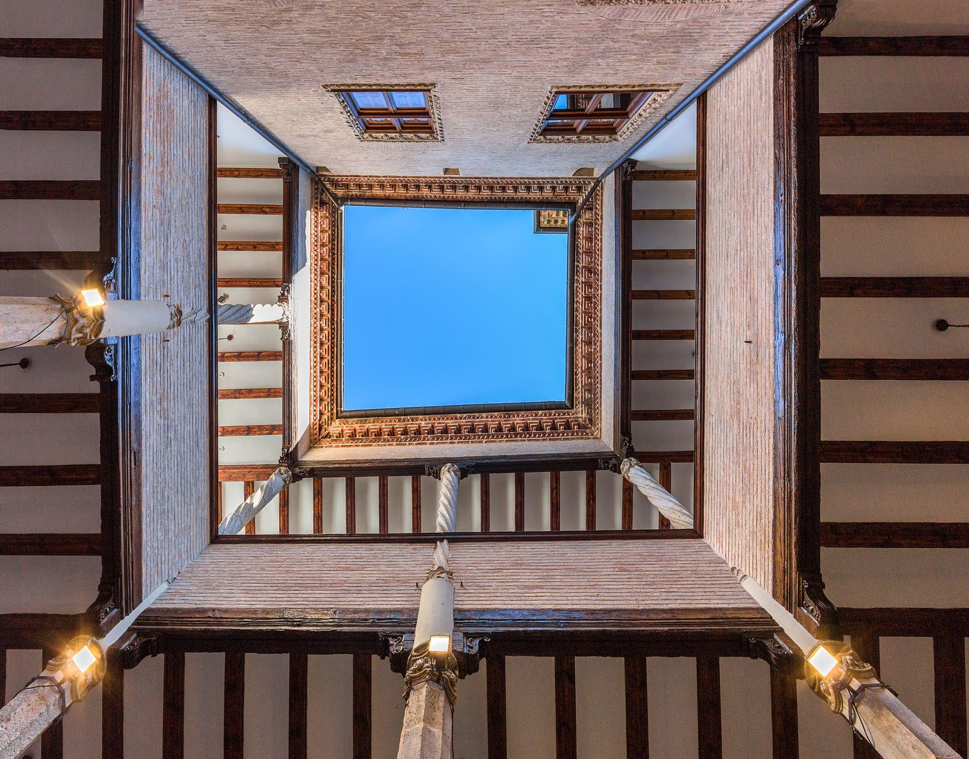 Plaza de San martin de Estella - Lizarra - Casa de Fray Diego de Estella