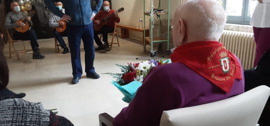 Imagen El Ayuntamiento se suma a la felicitación de Francisco Armendáriz por su centenario