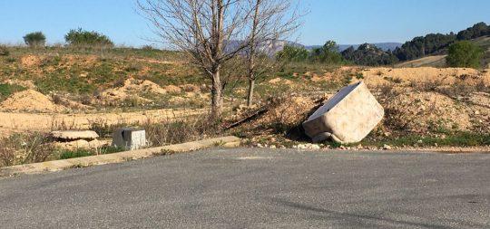 Imagen El Ayuntamiento denuncia el abandono de voluminosos y basura en el polígono industrial Miguel de Eguía, perjudicando la imagen de la ciudad