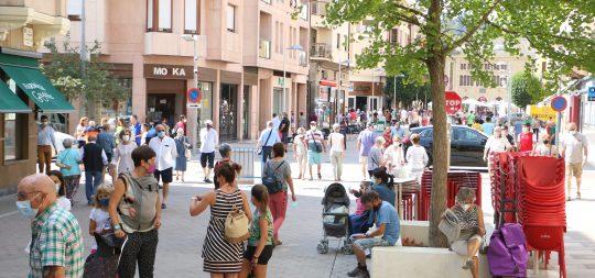 Imagen Las terrazas en Estella-Lizarra cerrarán a las 00.30 de domingo a jueves, y a las 2.00 los viernes, sábados y vísperas de festivo