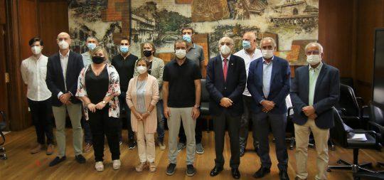 Imagen Recepción oficial a Euskaltzaindia en el Ayuntamiento de Estella-Lizarra con motivo del Nafarroa Oinez